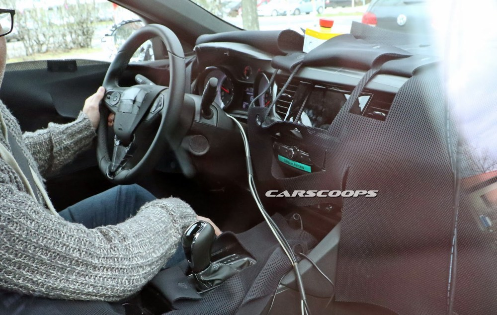 medium resolution of first look at 2017 opel insignia 2018 buick regal s interior carscoops