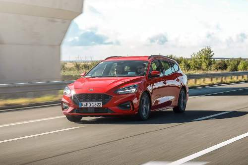 small resolution of the new focus wagon with the manual transmission will do 0 100 km h 0 62 mph in 10 3 seconds and reach a top speed of 194 km h 121 mph