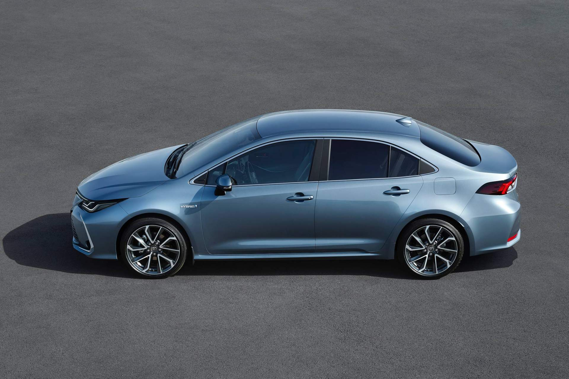 all new corolla altis 2019 grand avanza 2015 europe 39s toyota sedan gains hybrid version