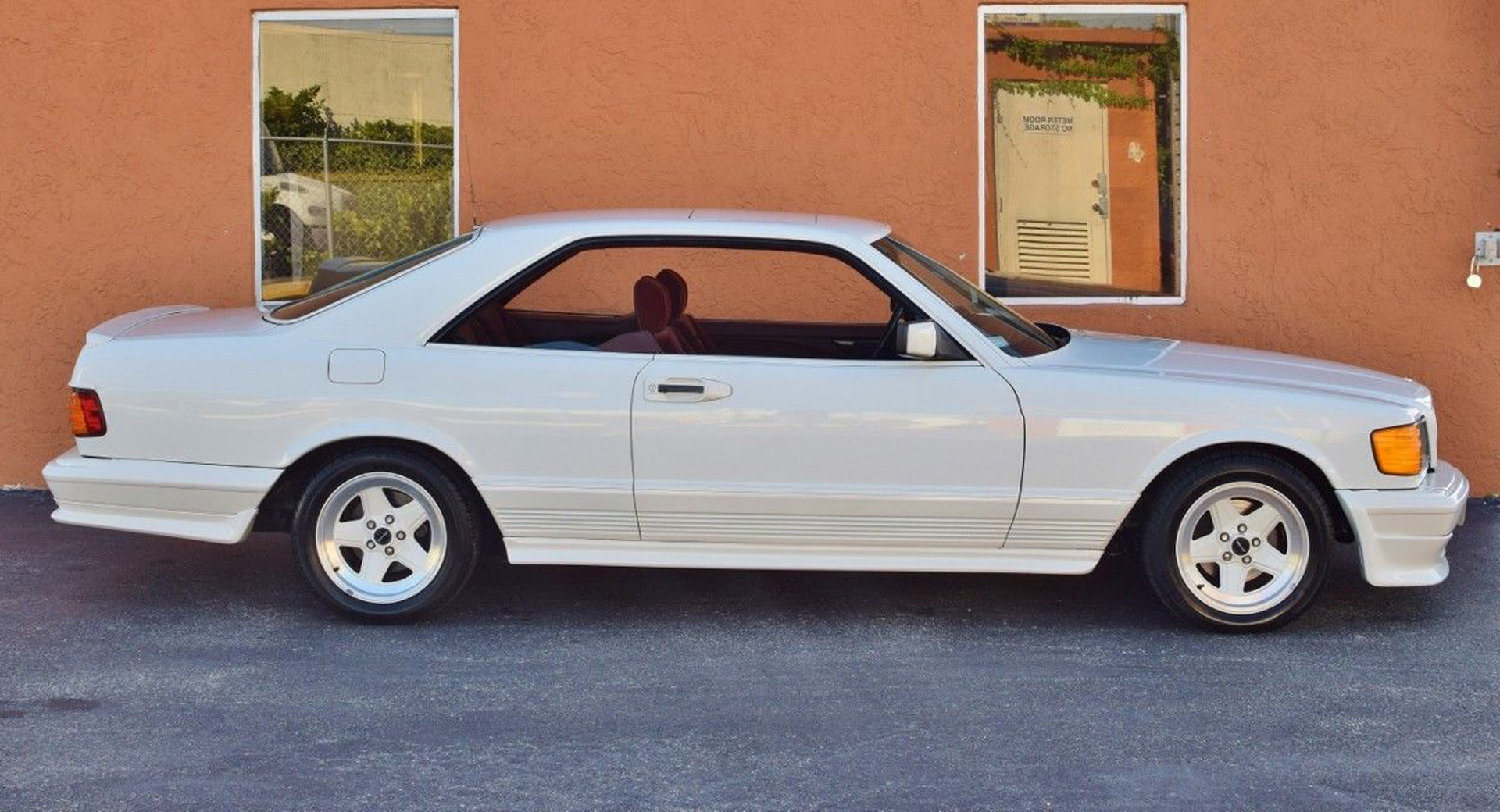 1985 Mercedes Benz 500 SEC AMG Is An All White $57k Bruiser