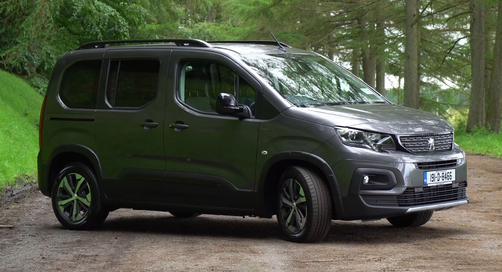 Peugeot S New Rifter Mpv Labelled Quot One Of The Best Cars