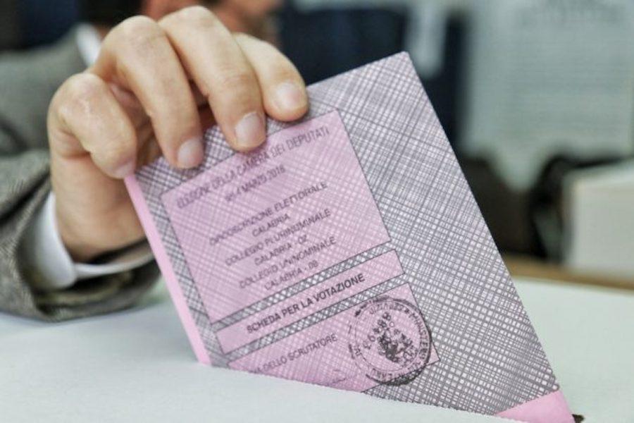 Elezioni: affluenza in Sicilia al 14%