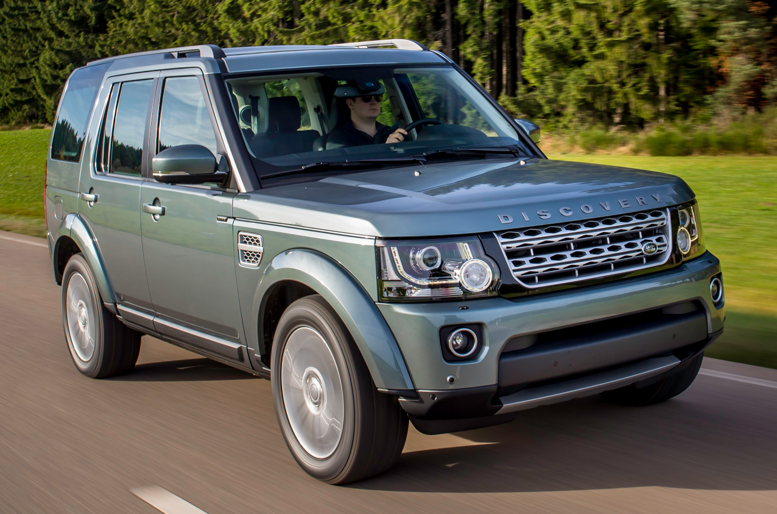 Land Rover Discovery Review  Autocar