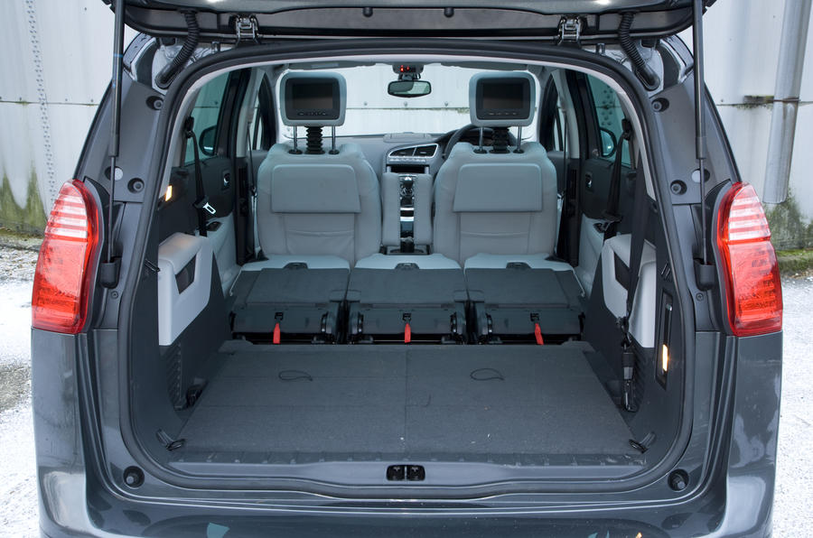 Peugeot 5008 16 HDi Exclusive Review Autocar