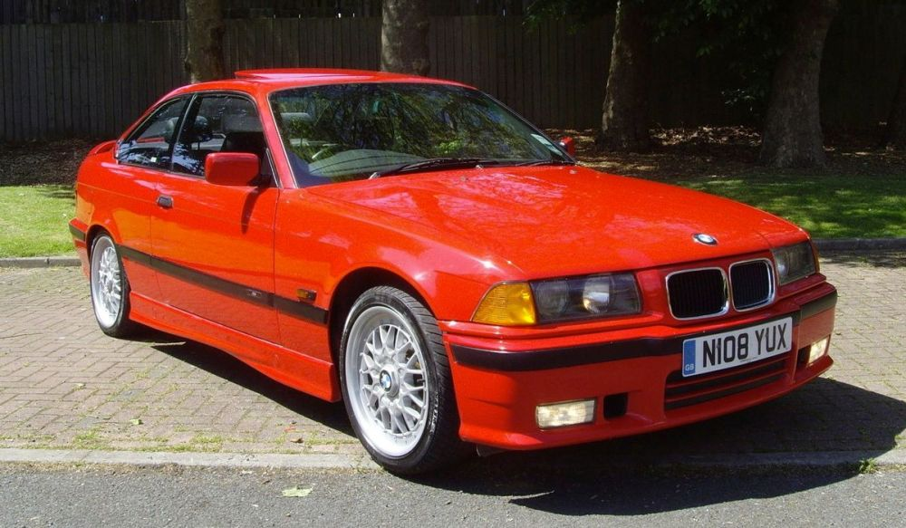 medium resolution of the e36 328i sport is the junior m3 that every bmw fanboy should try at least once