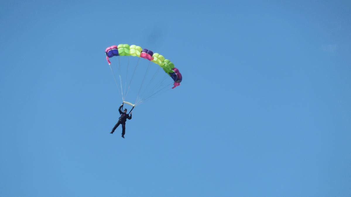 Laskuvarjourheilun SM-kisat Alavudella.