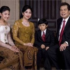 Chairul Tanjung Colorado Ski Chairs Family Tree Celebrity Rahmat Dwiputra Is The Son Of