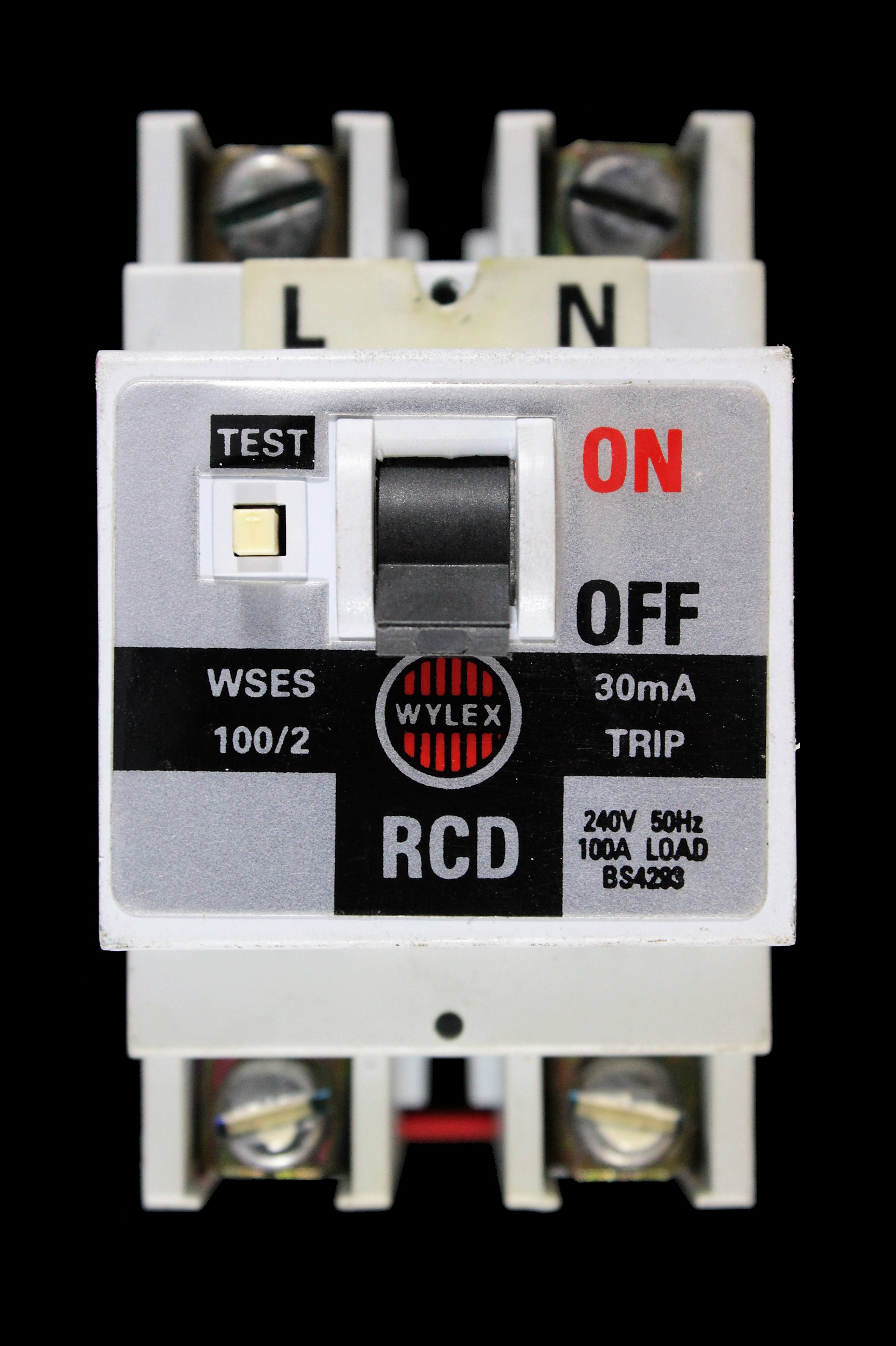 hight resolution of wylex 100 amp 30 ma double pole rcd wses 100 2