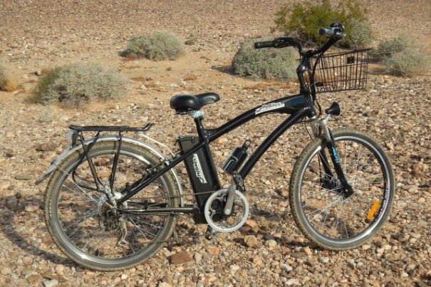 This is my friend Linda's new electric bike. She just got it so she isn't real familiar with it yet. I looks like a great bike!