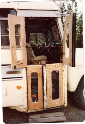 dutch_bus_doors