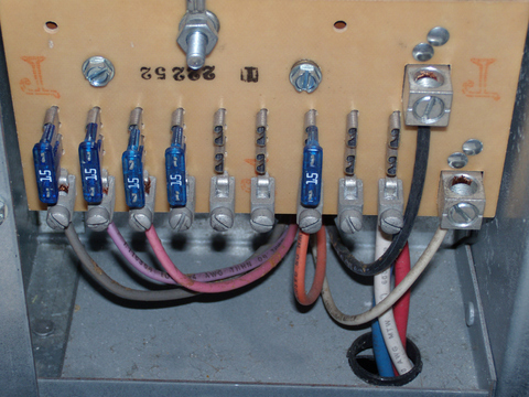 Solo-1 RV Electrics