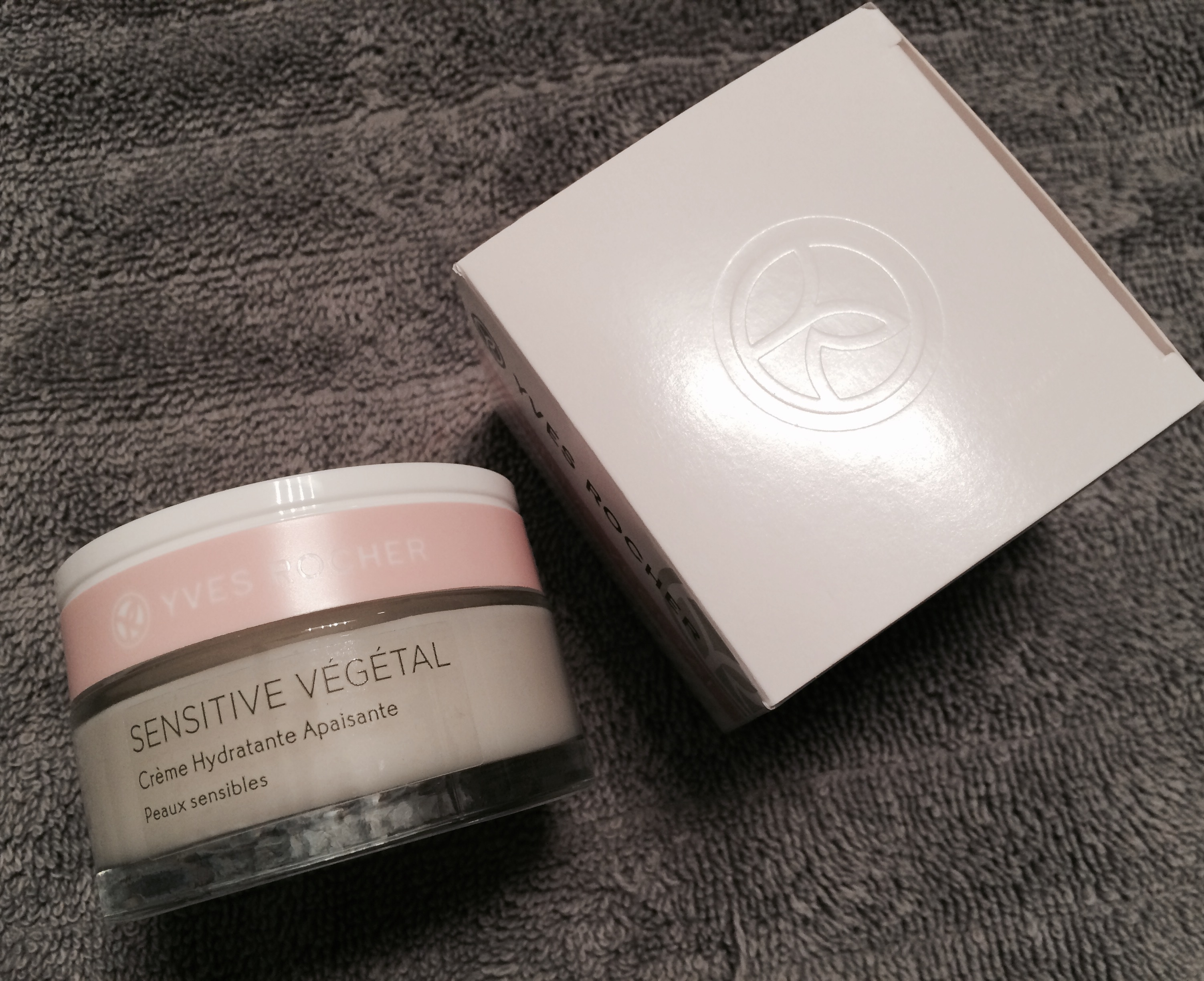 Lotus Day Cream Review