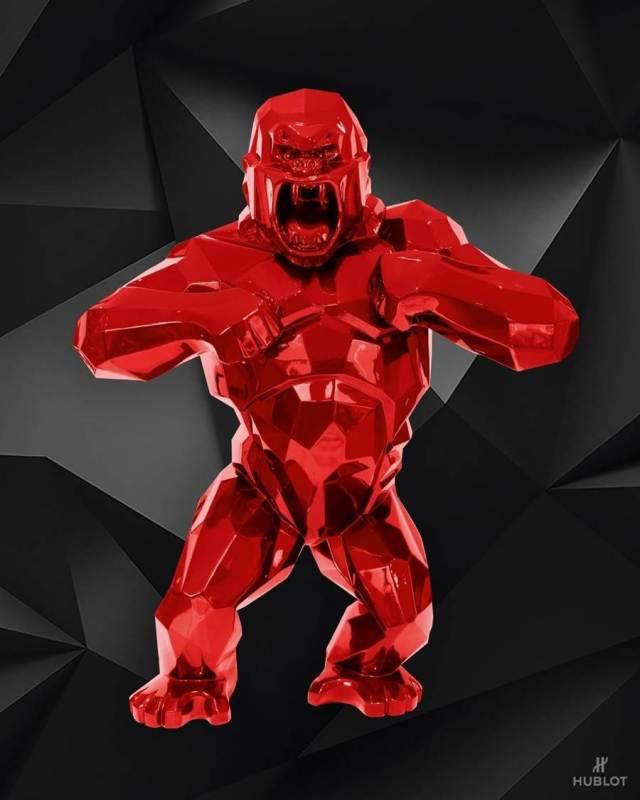 法國著名雕塑家Richard Orlinski的代表雕塑金剛「Wild Kong」,以「天生野性」的為設計概念,同時也融入到HUBLOT的經典融合系列Orlinski聯名計時碼表中,以相同立體切面手法,來呈現藝術家對時間的雕塑。(HUBLOT提供)