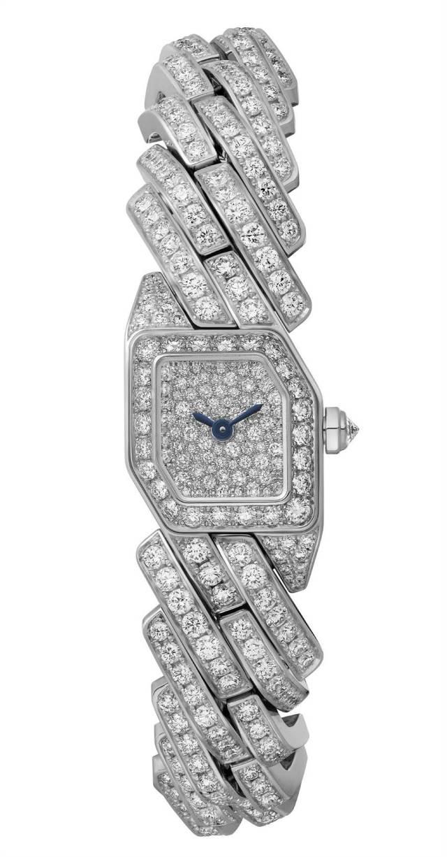 卡地亞Maillon de Cartier白金滿鑽奢華版腕表,368萬元。(Cartier提供)