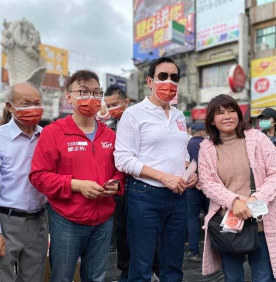 立法者对受欢迎的蓝鹰国王感到震惊,并发布了消息:面具跑了一个多小时-政治-中国时报