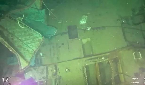 25일(현지 시각) 인도네시아 발리 앞바다 해저 850m 지점에서 발견된 잠수함 '낭갈라(Nanggala·402)'함. 이날 인도네시아 군 당국은 53명을 태우고 훈련 도중 지난 21일 오전 3시쯤 발리 북부해역에서 실종된 낭갈라함의 본체 잔해가 세 동강 난 채 해저에서 발견됐다고 밝혔다./AFP 연합뉴스