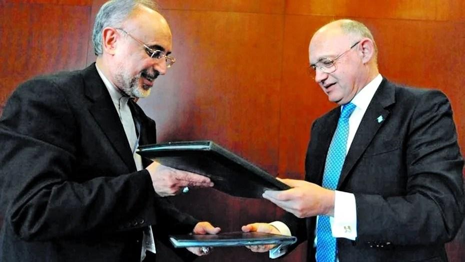 Un libro revela la trama secreta del acuerdo con Irán
