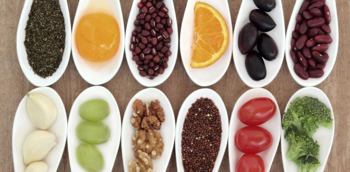 Resultado de imagen para alimentos para hombres y mujeres de 50 años