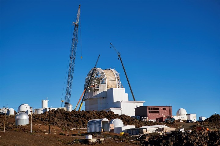Images from the documentary Telescope, about the construction of the James Webb.