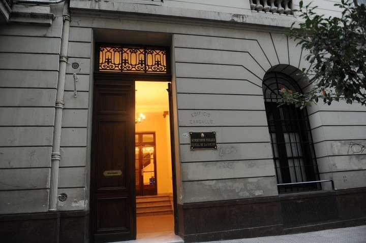 Perón 667, the suspected building that Alejandra Gilsa Carbó bought