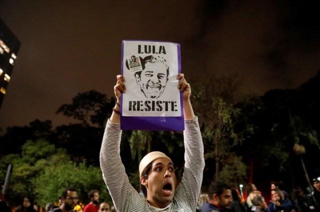 Brasil: condenan a Luiz Inácio Lula da Silva a nueve años de prisión