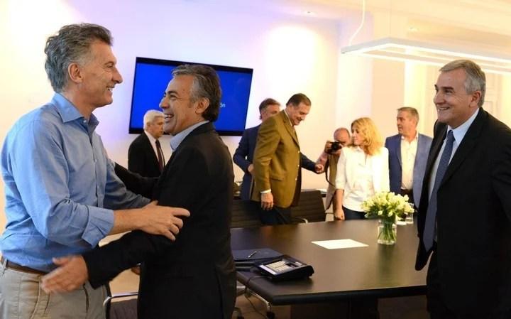Mauricio Macri with Alfredo Cornejo and Gerardo Morales in 2018.