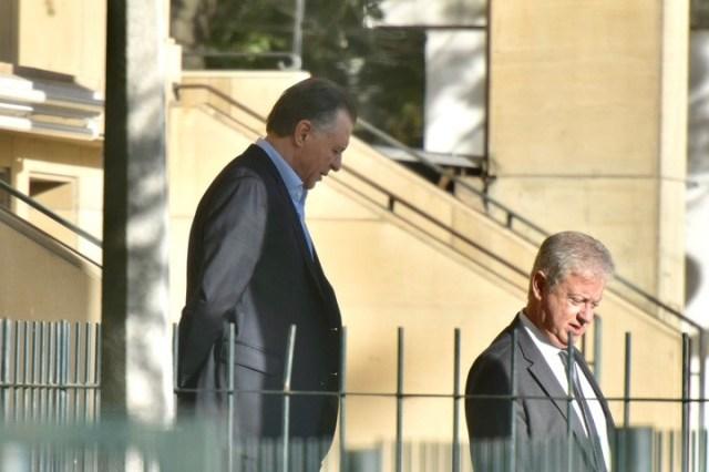 Cristóbal López, a principios de abril, retirándose de los Tribunales.