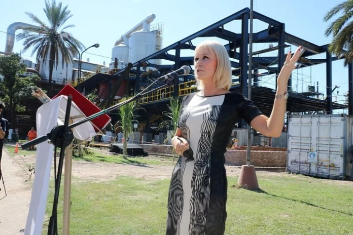 Catalina Lonac, directora de la Compañía Azucarera Los Balcanes, en el acto inaugural de la zafra azucarera 2018.
