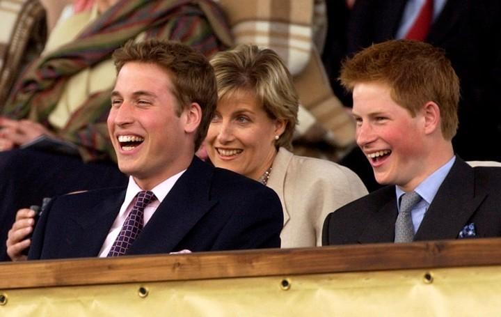 Felices. Diana con sus hijos, en una foto de 2002 (AP)