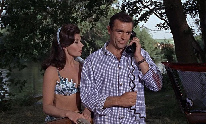 Sean Connery and Eunice Gayson in From Russia with Love (1963)
