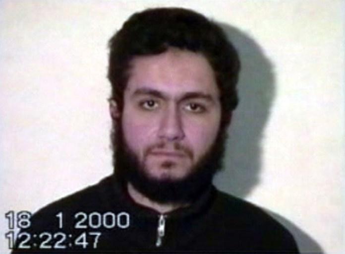 Mohamed Atta. El terrorista en un video grabado antes del atentado a las Torres Gemelas. (Archivo)