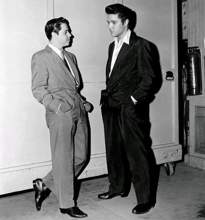 Lucho Gatica y Elvis Presley, en 1957 (Archivo).