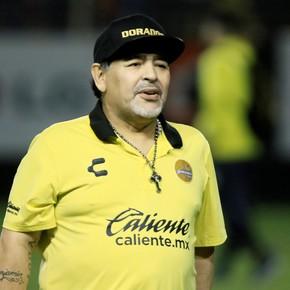 Confirmado: Diego Maradona se queda en Dorados