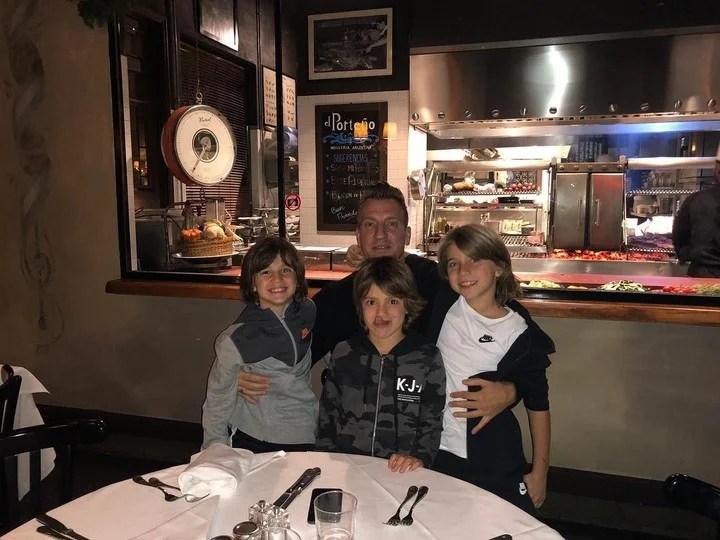 La foto del reencuentro de Maxi López con sus hijos. (Instagram)