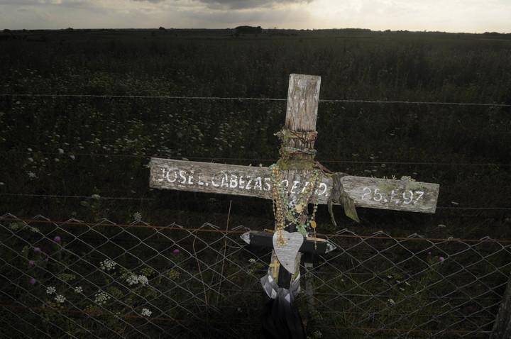 La cava donde fue hallado asesinado el reportero gráfico Jose Luis Cabezas, cerca de Pinamar. Foto: Andres D'Elia