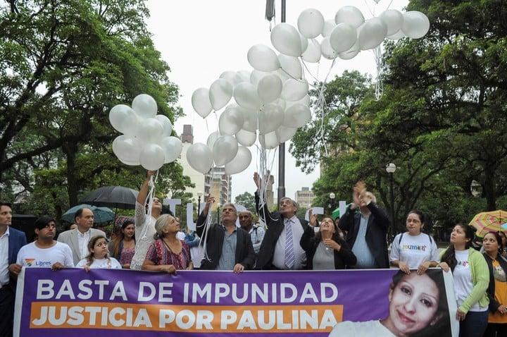 Antes de la última audiencia del juicio, hubo una marcha por Paulina Lebbos en las calles de la capital tucumana. (Néstor García)