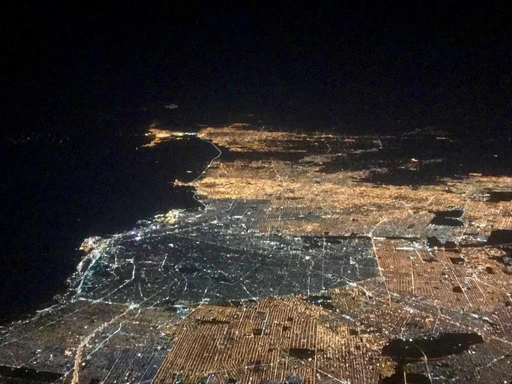 Buenos Aires from the air, with its LED lighting, a more environmentally friendly technology.