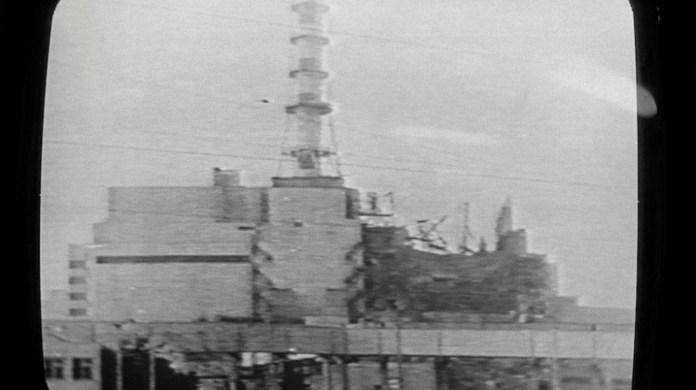 Cuando una explosión rompió el Reactor 4 de la planta de energía de Chernobyl, el 26 de abril de 1986, ocurrió el peor accidente nuclear de la historia. / AFP