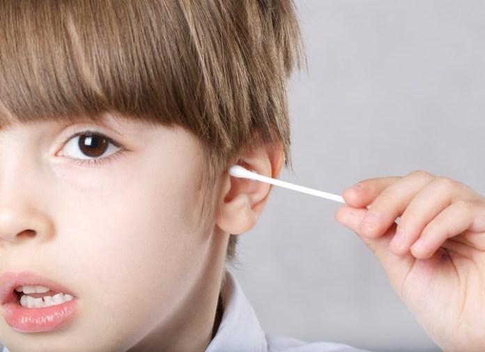 El uso de hisopos puede provocar lesiones, la perforación de tímpano es una de las más frecuentes.