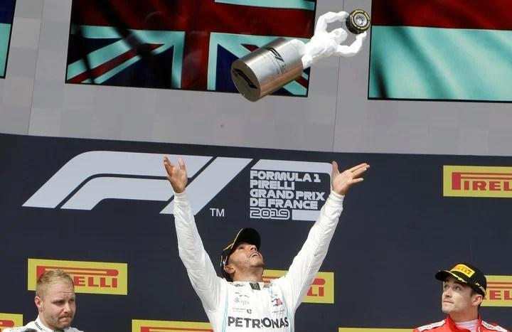 Hamilton y su celebración al ganar el Gran Premio de Francia en 2019.