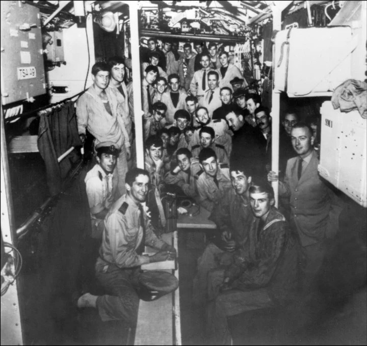 La tripulación de La Minerve, en una foto de archivo tomada en 1965.  (Photo by STF / AFP)