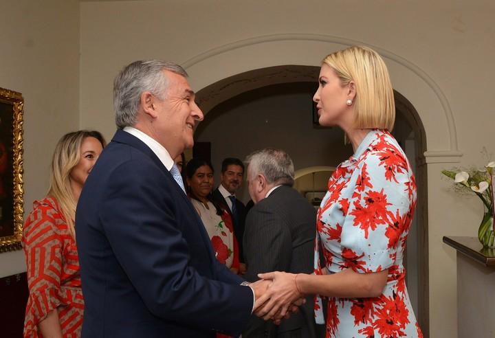 El gobernador radical Gerardo Morales con Ivanka Trump, este jueves en Jujuy. Foto: EFE