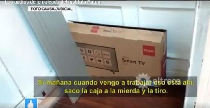 La caja en la que el empleado encontró los dólares que decidió robarse.