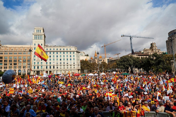 March by different entities favorable to the unity of Spain, in Barcelona.  Photo: EFE