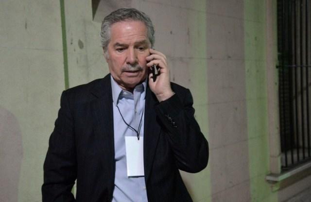 """El canciller Felipe Solá dice que los """"argentinos bastante ricos"""" se van a Uruguay."""