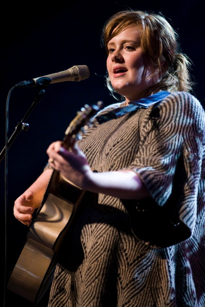 Adele, in 2008. Since then, the british singer lost around 70 pounds. (REUTERS/Valentin Flauraud)