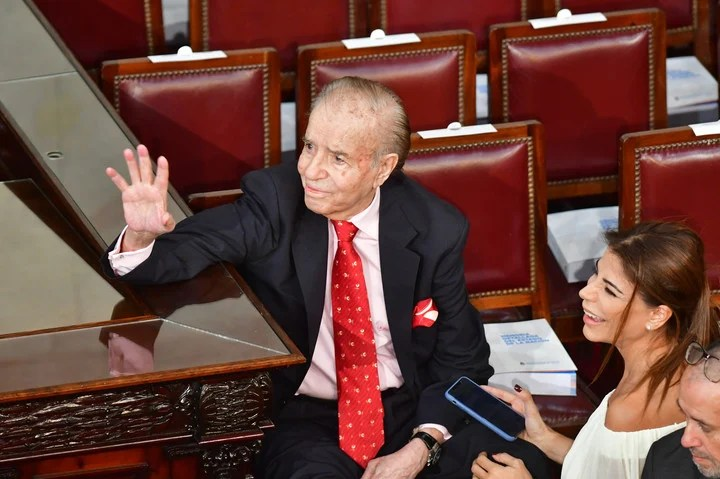 Carlos Menem was absent in the last session of the Senate, last Friday.