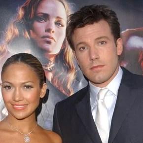 Jennifer Lopez and Ben Affleck's kiss in full romance