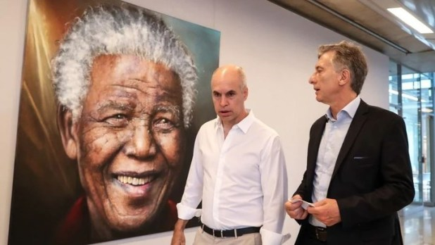 Horacio Rodríguez Larreta and Mauricio Macri.  The head of government has a better image than the President.
