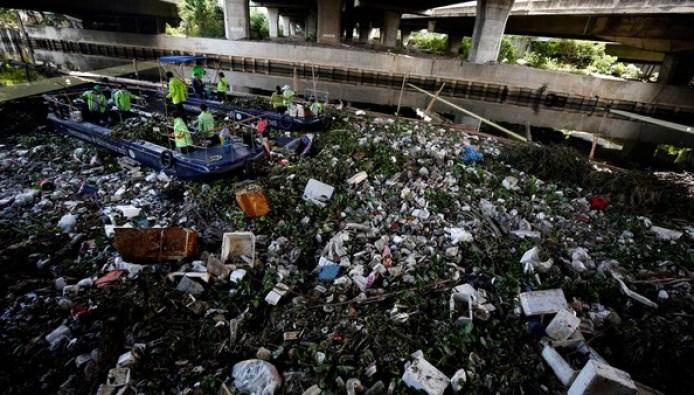 Para empaquetar sus productos, Amazon generó 210.920 toneladas de basura  plástica en 2019